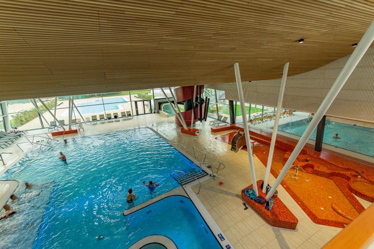 Tuberides freizeitbad stegermatt offenburg for Schwimmbad offenburg offnungszeiten